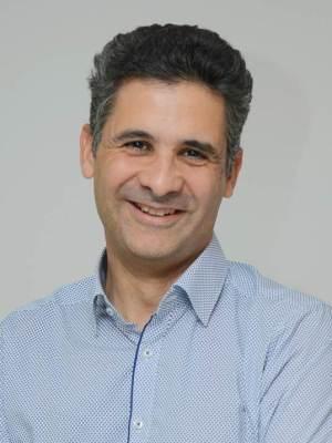 Portrait du Pr Karim Fizazi